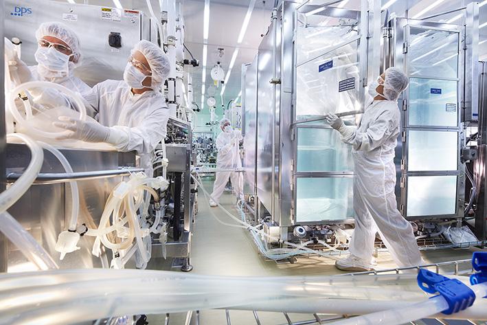 Bild zeigt : Coganate-Produktion bei BAYER Pharma, Berkeley. Fotografiert am 17.-19.09.12 Freigabe über : melissa.francescut@bayer.com